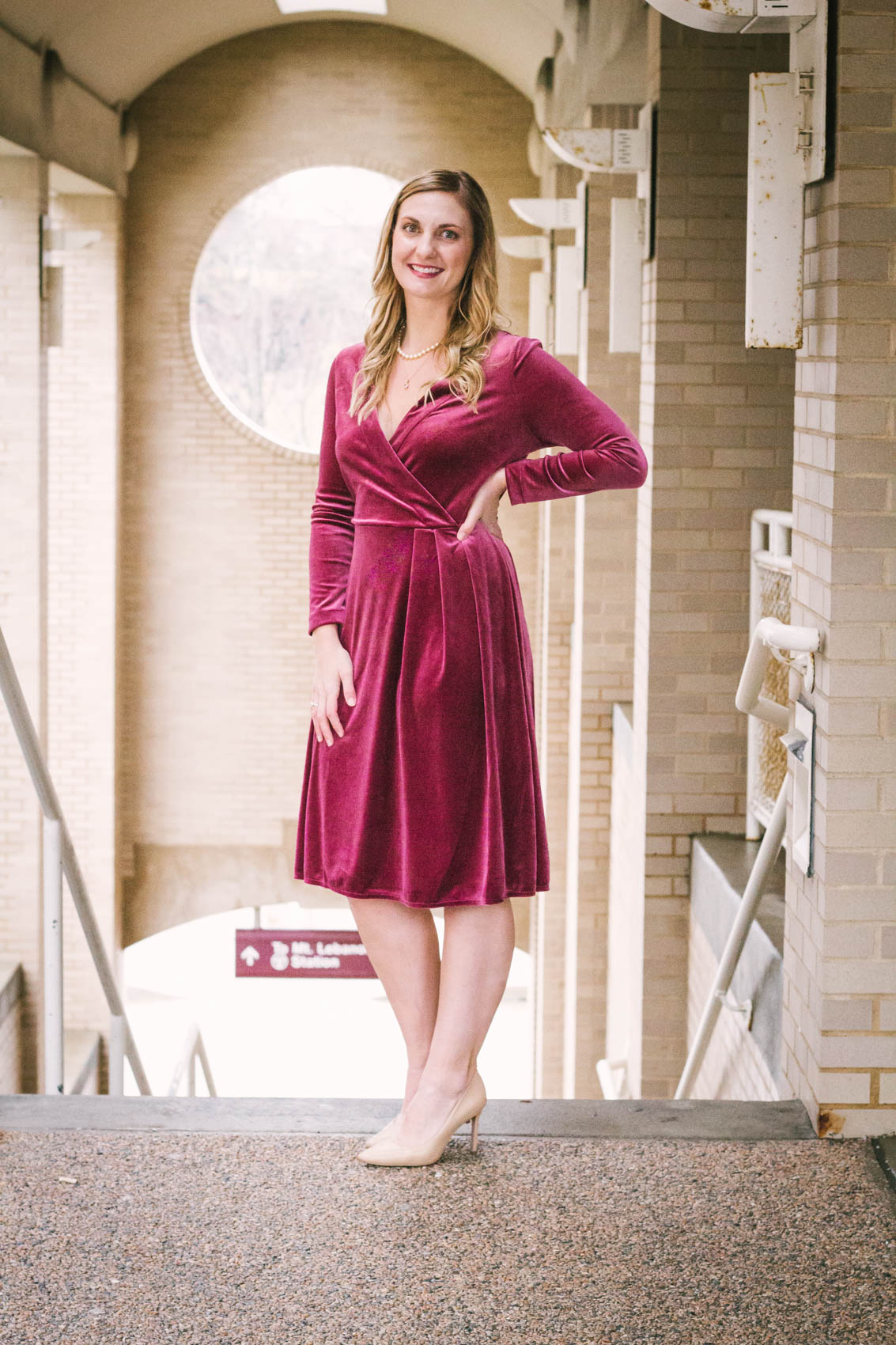 From street style to holiday parties, luxe velvet fabric has been all over lately. Perfect for looking classy or chic during the winter, you'll wear this versatile $28 velvet dress for all occasions.
