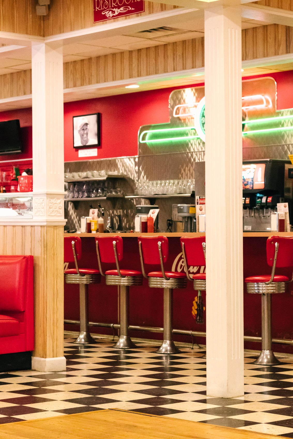 Big Al's Soda Fountain & Grill | Retro diner in Manteo, NC