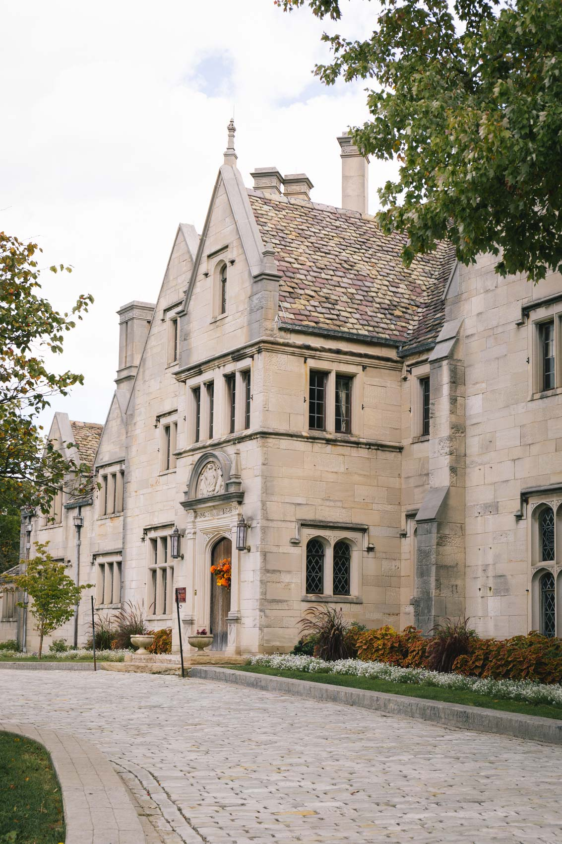 Hartwood Acres Mansion in the fall - Pittsburgh, PA | Beautiful architecture